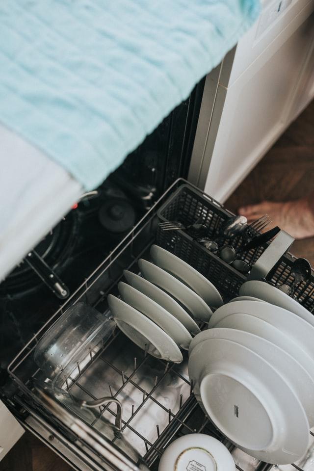Kotivakuutus ei välttämättä korvaa astianpesukoneen rikkoutumista