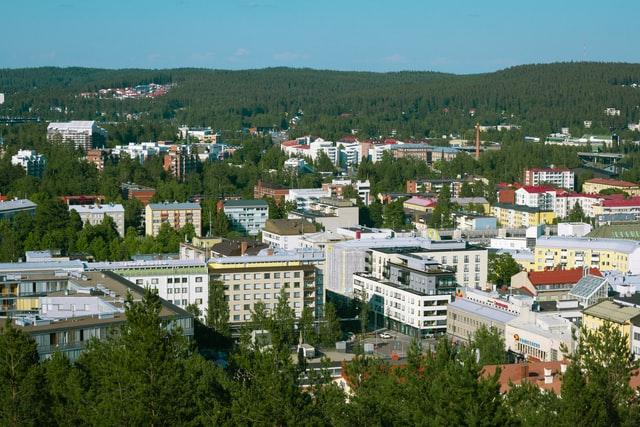 Jyväskylä kuvattuna Vesilinnan näköalatornista.